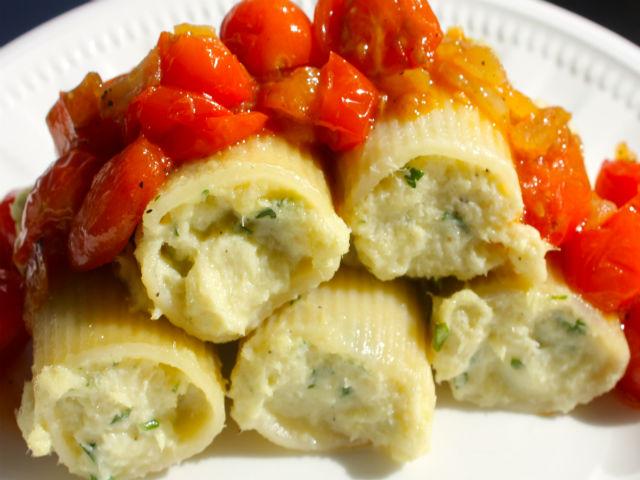 Sunday Pasta Paccheri Ripieni di Baccala (Cod) 640
