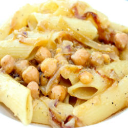 Pennone con Ceci e Cipolla (Chickpeas and Onion)