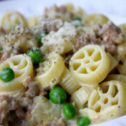 Rotelle con Salsiccia e Panna (Sausage and Cream)