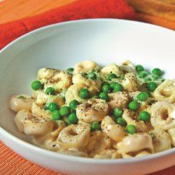 Tortellini alla Panna con Piselli (Cream and Peas)